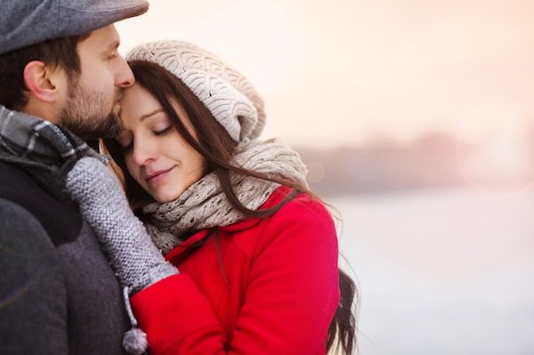 couple hugging, christmas stress, by healthista.com
